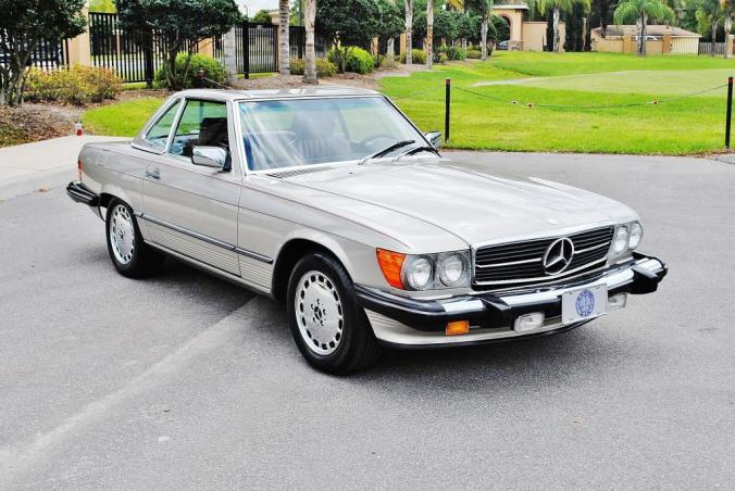 Mercedes-benz-560sl-4